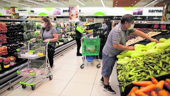 Las empresas seguirán apelando a estrategia de precios para impulsar las ventas, pero también hay espacio para productos de mayor valor. (Foto: Anthony Niño de Guzmán)