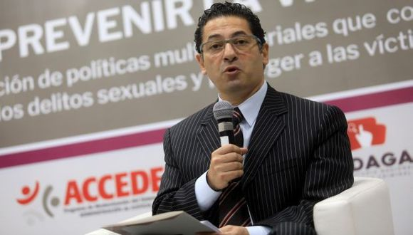 """Heresi también afirmó que la revelación de conversaciones de chat del CEN de Peruanos por el Kambio tiene una intencionalidad que solo refleja """"nerviosismo"""". (Foto: GEC)"""