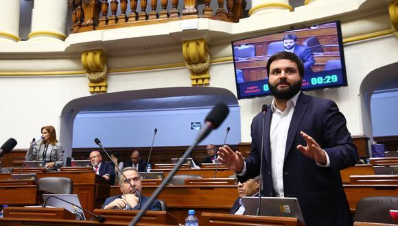 El legislador Alberto de Belaunde se mostró a favor de recomponer las comisiones del Parlamento. (Foto: Congreso)