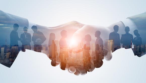 Hay fusiones en las que la empresa pequeña tiene el control porque aporta a la nueva sociedad un recurso crítico sin el cual la otra empresa no tendría posibilidad de continuar en el mercado.  (Foto: iStock)