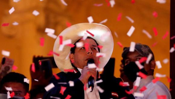 Pedro Castillo fue proclamado presidente electo del Perú el lunes. ( EFE/ Paolo Aguilar).