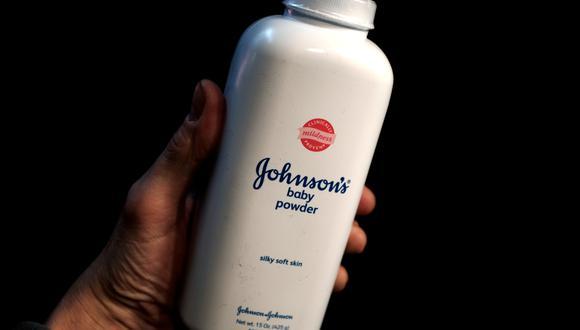 El fabricante de productos de higiene recibió miles de denuncias en los últimos años de personas que lo acusaron de vender talco que contenía amianto y provocaba cáncer de ovarios. (Foto: Reuters)