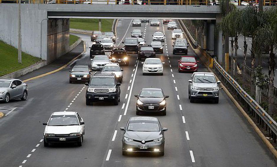 La restricción de la circulación vehicular se realizará desde las 7 a.m. hasta el mediodía por diversas arterias de Lima este domingo debido a la carrera cívico militar. (Foto: GEC)