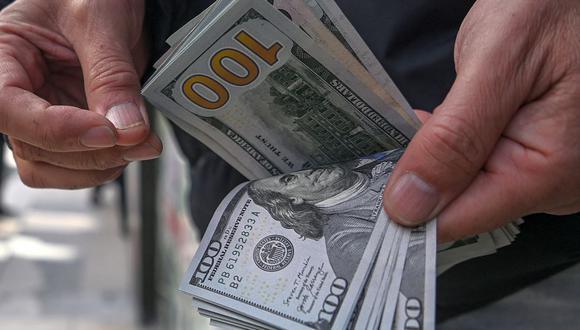 El dólar se vendía a S/ 3.64 en el mercado paralelo. (Foto: AFP)
