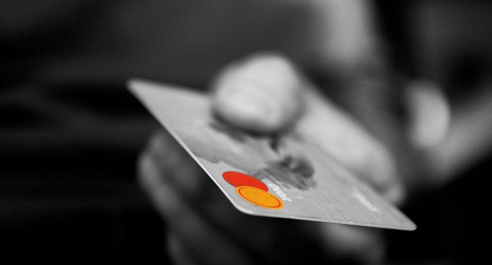 Las tarjetas de crédito pueden sacarnos de un paro, pero si no sabemos usarlas pueden ponerlos la soga al cuello (Foto: Pixabay)