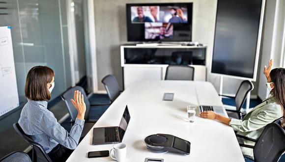 Los líderes deben empezar a pensar sobre cómo será el regreso y bajo qué esquema. Según encuestas, mayoría de trabajadores no desea volver al trabajo presencial. (Foto: iStock)
