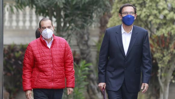 El Presidente de la República Martín Vizcarra, acompañado del Premier Walter Martos. Fotos: Miguel Bellido / @photo.gec