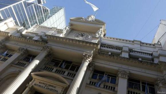 Los bonos argentinos subieron el viernes en promedio alrededor de 0.7% después de perder terreno un día antes.