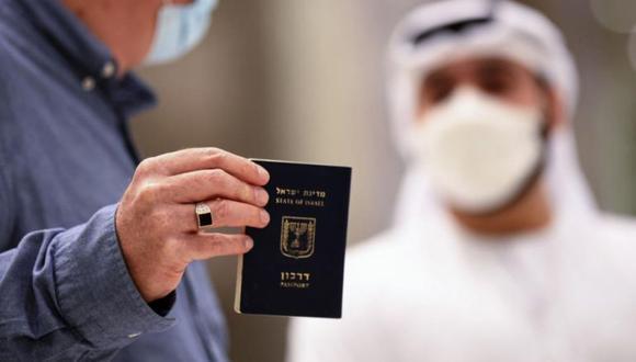 El pasaporte de vacunación. (Foto: AFP)