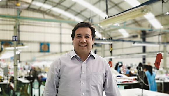 Plan. Juan José Córdova, gerente general de Textil del Valle, resalta que esta será su primera salida al exterior.