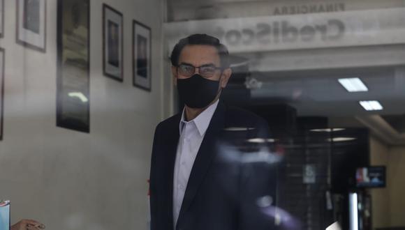 El expresidente Martín Vizcarra llegó a la sede de la Fiscalía para rendir su manifestación. (Foto. GEC)