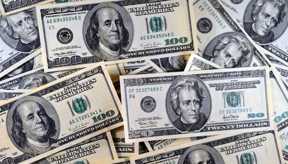 En el mercado paralelo o casas de cambio de Lima, el tipo de cambio se oferta a S/ 3.34. (Foto: AFP)