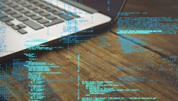 FOTO 3 | Ascenso de los ataques a macOS     La cuota de Apple en el mercado de los equipos de escritorio va en aumento y el malware diseñado para infectar los Mac crece en consonancia con ello. Pronosticamos un incremento en la cantidad de ataques dirigidos a usuarios de Mac, algo que ya estamos empezando a detectar en nuestra telemetría interna. Nuestros datos ponen de manifiesto no solo un nuevo malware específico de macOS, sino también mecanismos y herramientas especialmente diseñados para este sistema operativo con el fin de capitalizar los Mac después de las violaciones de la seguridad. Ya hemos presenciado esto en amenazas persistentes avanzadas anteriores alojadas en componentes específicos de Mac. (Foto: Freepik)