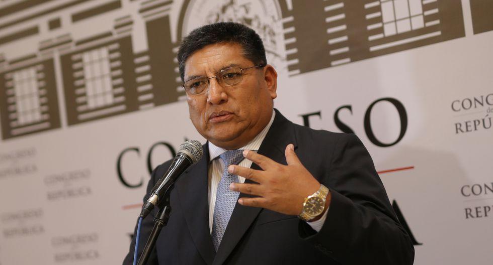 Postura. Mario Mantilla cuestionó la descoordinación que hay entre el Ejecutivo y la Procuraduría en el caso Odebrecht.