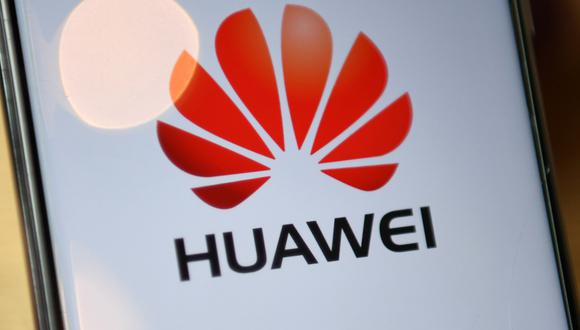 Los rivales chinos de Huawei huelen la sangre en el mercado de la telefonía móvil de gama media y alta. En agosto, un ejecutivo de Huawei dijo que la compañía no podrá producir sus procesadores insignia. (Foto: DANIEL LEAL-OLIVAS / AFP)