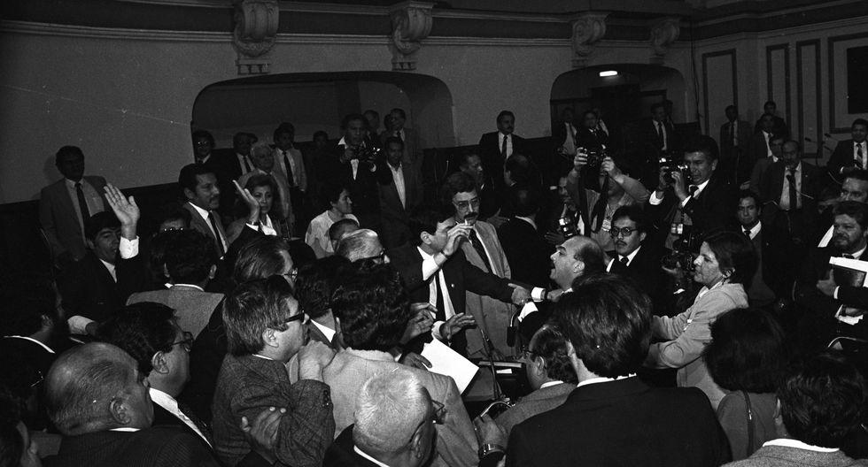 Incidente en la Cámara de Diputados entre Rómulo León y Fernando Olivera.(Foto: Archivo El Comercio)