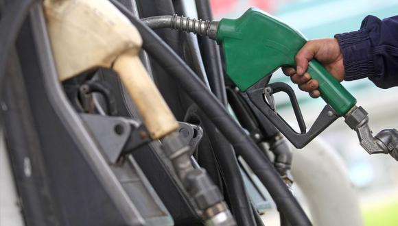 Precios de los combustibles aumentaron. (Foto: Andina)