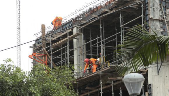 Para este año se espera que el sector construcción registre una caída histórica de 40.2%. (Foto: GEC)