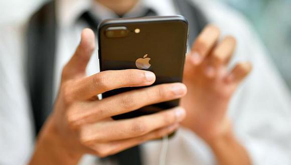 En el 2017,Apple lanzó tres modelos al mercado, incluido el costoso iPhone X. (Foto: EFE)