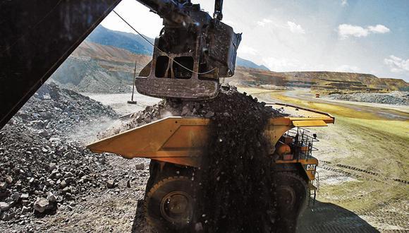 Golpeados. Mayores pérdidas en el primer semestre se registraron en los sectores de hidrocarburos, minería, telefonía y hotelería. (Foto: Bloomberg)