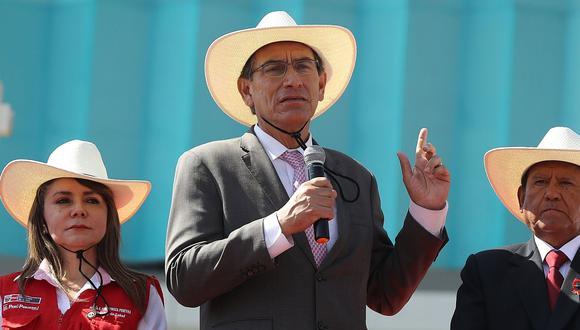 Martín Vizcarra realizó la inspección de varias obras y la entrega de títulos de propiedad en Cerro de Pasco. (Foto: Difusión)