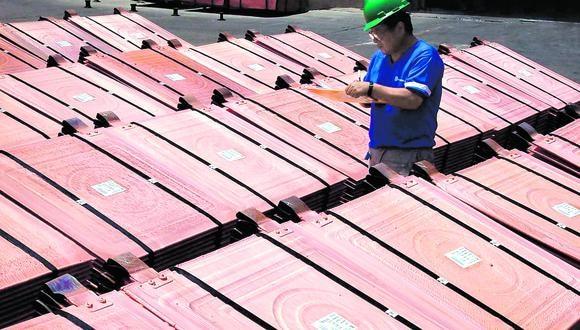 El cobre ha trepado un 55% desde que cayó a mínimos de 45 meses en marzo. (Foto: AFP)