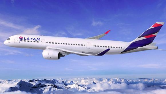Foto 1 |  A partir del 15 de agosto, Latam Airlines Perú operará su primera ruta internacional sin escalas a Santiago (Chile) desde el Cusco, con tres frecuencias semanales. La ruta será operada con aviones Airbus A319, que tienen capacidad para 144 pasajeros, ofreciendo un total de 45,051 asientos por año. (Foto: Andina)