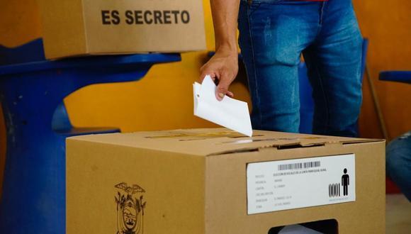 Votación en Ecuador. (Foto: DIfusión)
