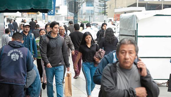 Jóvenes. Los bancos les están ofreciendo mayor acceso a las hipotecas. (Foto: Diana Chávez)