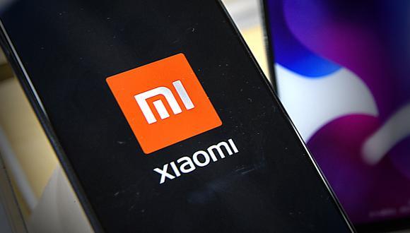 Xiaomi, que superó a Apple al convertirse en el 2020 en el tercer fabricante mundial de teléfonos inteligentes, es una de las nueve empresas chinas que figura en esta lista negra, por sus supuestos vínculos con el ejército chino.