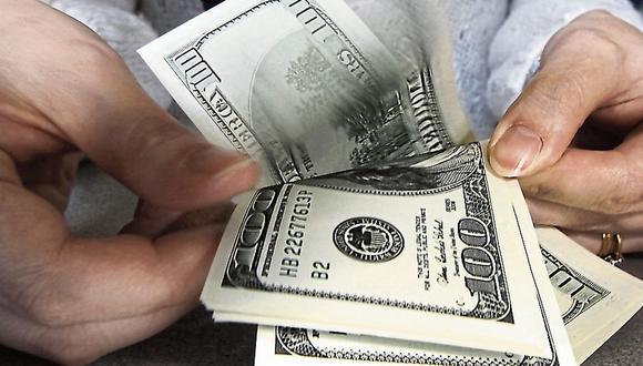 El dólar acumula una ganancia de 8.39% en lo que va del año en el mercado local. (Foto: GEC)