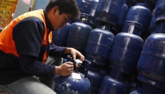 El precio del balón de gas podría incrementarse hasta en 30% en las zonas más alejadas de la capital, advierte la Sociedad Peruana de Gas Licuado. (Foto: GEC)
