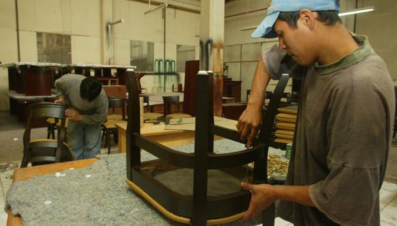 Los consumidores prefieren las plataformas minoristas online para comprar muebles, afirma la Ocex del Perú en Miami.