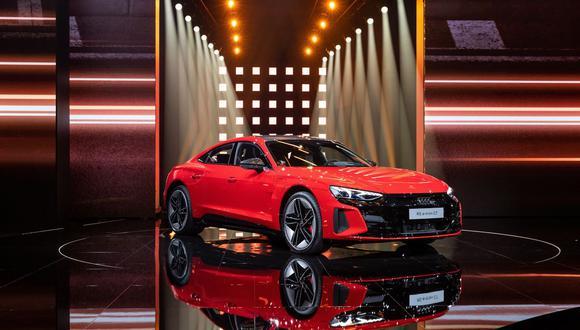 La casa matriz de Audi, Volkswagen AG, ubicó la marca premium al centro de un impulso masivo para superar a Tesla Inc. como líder de los automóviles eléctricos para el 2025, después de que no lograra reducir la brecha con esfuerzos anteriores. (Foto: Bloomberg)