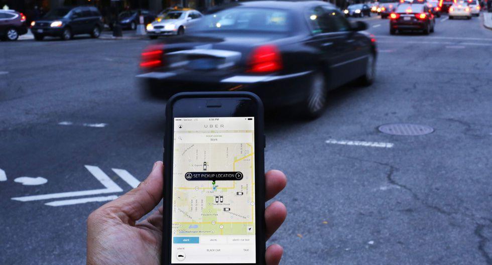 Hoy se debate en el Pleno la propuesta para regular los aplicativos de taxi. (Foto: AFP)