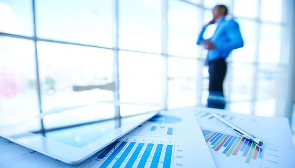 FOTO 4 | 4. Establece tus estrategias  Éstas describirán cómo piensas lograr tus objetivos. ¿Qué es un plan de marketing? ¿Estrategias de venta? ¿Dedicarías tu tiempo a la investigación y desarrollo? ¿Cuáles son las estrategias que seguirás para lograr tus objetivos? (Foto: Freepik)