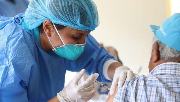 AstraZeneca tenía planeado realizar en Perú ensayos clínicos de su potencial vacuna contra el COVID-19. (Foto: Minsa)