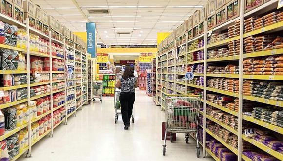 Hogares. Podrían ir cambiando su comportamiento de compra en los próximos meses tras sufrir impacto inicial ante advertencias. (Foto: GEC)