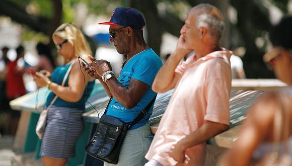 El acceso a Internet en Cuba será de forma gratuita por un día para evaluar el servicio. (Foto: Reuters)