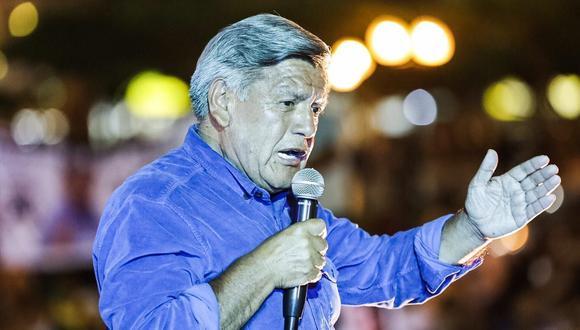 César Acuña fue denunciado por presuntamente vulnerar la norma electoral
