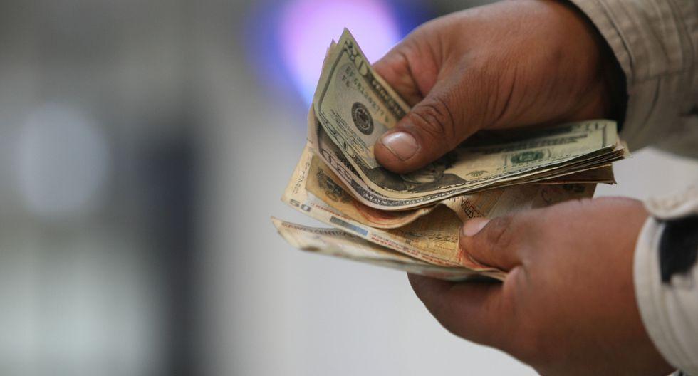 El tipo de cambio cerró el lunes a S/ 3.306 a precio interbancario. (Foto: GEC)