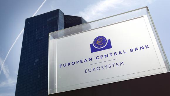 La próxima semana, el BCE presentará un nuevo conjunto de pronósticos, que según los economistas mostrarán un crecimiento más rápido este año y revisiones al alza de la inflación para el 2021, 2022 y potencialmente también para el 2023. Aun así, es probable que ese resultado esté muy por debajo de la meta del banco central. (Foto: AFP)