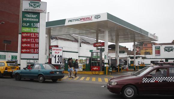 Los gasoholes y gasolinas disminuyeron entre 1.9% y 3.7% por galón. (Foto: GEC)