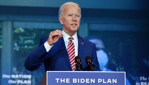 Según la encuesta de CNN, el 53% da a Biden como ganador del debate, con un 39% que considera que se impuso Trump, quien mantuvo un tono más sosegado que en el encuentro anterior. Data for Progress (afiliado con los demócratas) publicó resultados similares (52%-41%, a favor de Biden), mientras que YouGov am-plió el margen del demócrata (54%-35%).  (Foto: AFP / Angela Weiss).