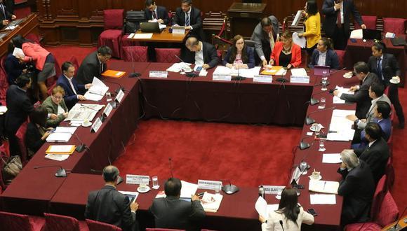La Comisión de Constitución llevó a cabo una sesión para debatir algunos proyectos de ley de reforma política y constitucional. (Foto: Congreso de la República)