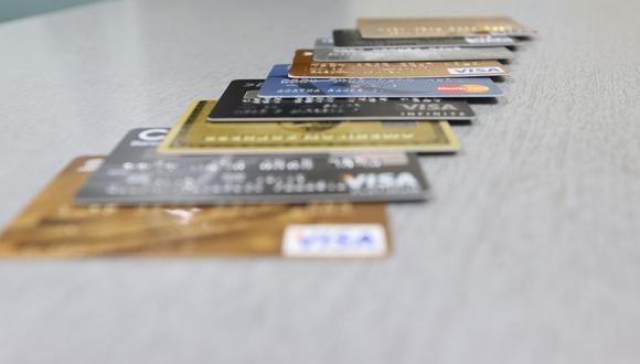 Entre los productos bancarios digitales más reconocidos se encuentran la cuenta de ahorros (78.4%) y las tarjetas de crédito (53.5%), según Neo Consulting. (Foto: Carolina Urra)