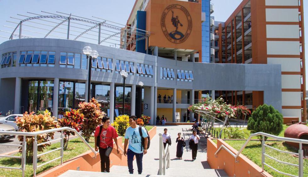 FOTO 23 | 22 Universidad Privada Antenor Orrego
