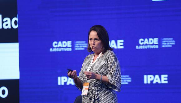 Leonie Roca, presidenta de la AFIN, se presentó en la tercera jornada de CADE 2018. (Foto: CADE 2018)