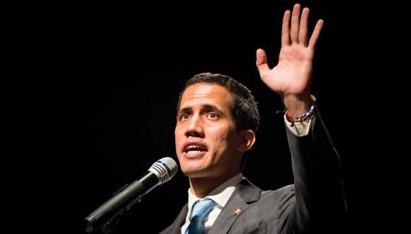 """""""Anuncio que el día lunes participaré en esa cumbre, en ese grupo, en esa reunión del Grupo de Lima"""", señaló Juan Guaidó. (Foto: EFE)"""