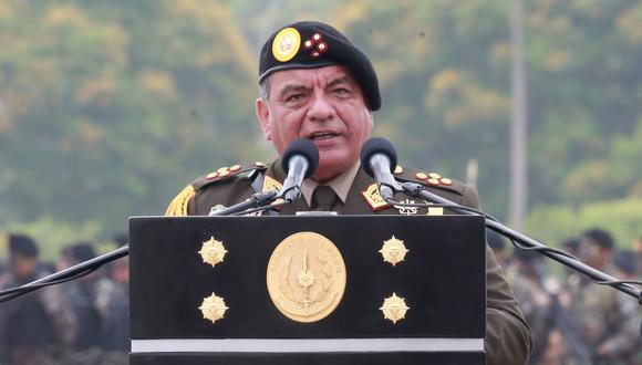 El general EP César Astudillo es el jefe del Comando Conjunto de las FF.AA. y le quedaban tres meses en el cargo. (Foto: Andina)